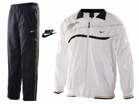 survetement Nike noir et or pas cher,survetement nike sortie
